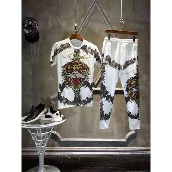 Ed Hardy Mens Short Suits Love is A Gamble In White